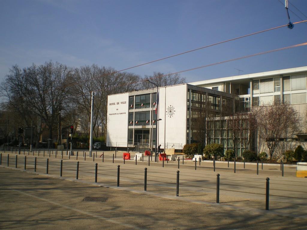 Mairie_de_Villeneuve-la-Garenne